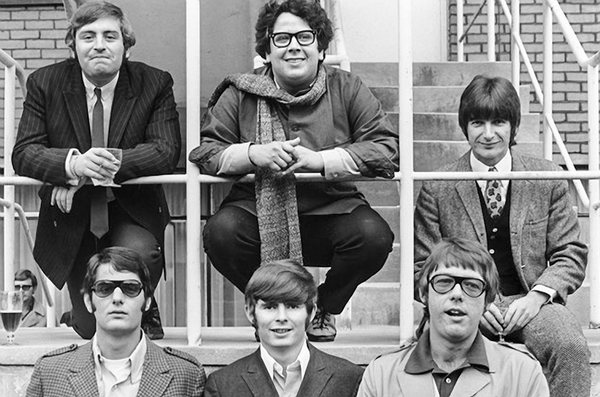 The Turtles Top Howard Kaylan, Mark Volman, Johnny Barbata Bottom Jim Tucker, Al Nichol, Jim Pons (Photo by Tony Gale)